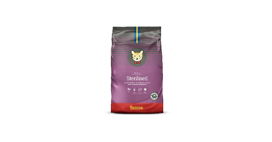 Ako na výber kvalitného krmiva pre vaše mačky