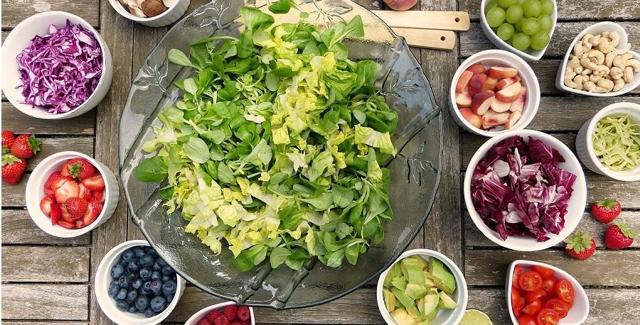 Ktoré druhy ovocia, zeleniny a semienok by ste mali viac zaradiť do stravy?